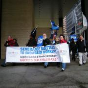 Demonstration against Companies that would not pay severance pay to members